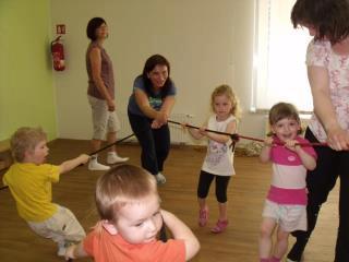 Cvičení s tetou Irenkou -středa, čtvrtek