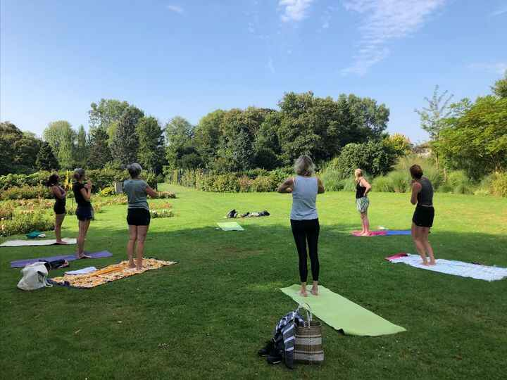 Photos from Yoga met Yvon's post